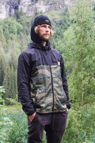 WINDBREAKER, BLACK/CAMO